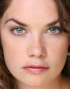 Robyn  Astrid Maxwell